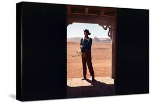 La Prisonniere du Desert THE SEARCHERS by JohnFord with John Wayne, 1956 (photo)