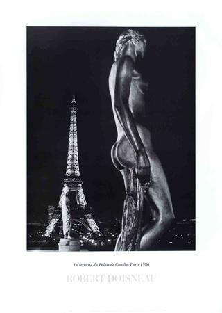 https://imgc.artprintimages.com/img/print/la-terrasse-du-palais-de-chaillot-paris_u-l-f5pvs40.jpg?p=0
