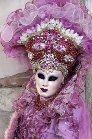 https://imgc.artprintimages.com/img/print/lady-in-a-pink-dress-and-bejewelled-hat-venice-carnival-venice-veneto-italy-europe_u-l-pwfdru0.jpg?p=0