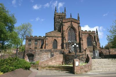 Lady Wulfrun Statue and St Peters Church, Wolverhampton, West Midlands-Peter Thompson-Photographic Print
