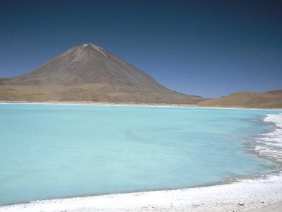 https://imgc.artprintimages.com/img/print/laguna-verde-with-mineral-flat-margin-and-volcan-licancabur-5960m-southwest-highlands-bolivia_u-l-p1sews0.jpg?p=0