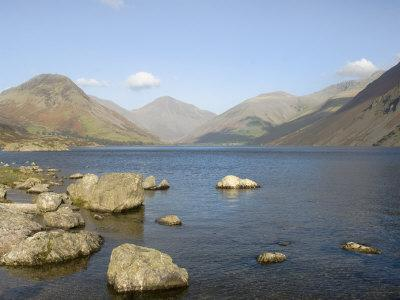 https://imgc.artprintimages.com/img/print/lake-wastwater-with-yewbarrow-great-gable-lingmell-lake-district-national-park_u-l-p1fhlc0.jpg?p=0