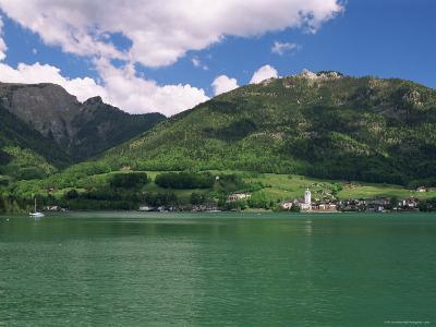 Lake Wolfgangsee, St. Wolfgang, Salzkammergut, Austria-Gavin Hellier-Photographic Print