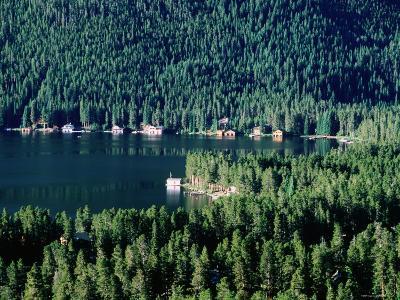 Lakefront Homes, Grand Lake, Rocky Mountain National Park, Colorado-Holger Leue-Photographic Print