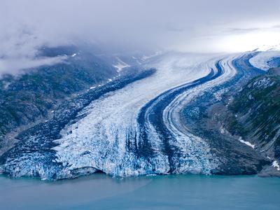 https://imgc.artprintimages.com/img/print/lamplugh-glacier-glacier-bay-national-park-alaska-pacific-northwest-usa_u-l-pfi1y60.jpg?p=0