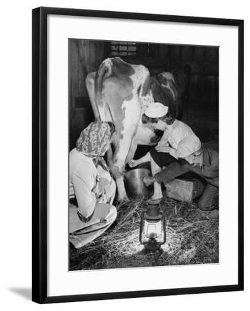 Land Girls Millking Cows on a Farm During World War II-Robert Hunt-Framed Photographic Print