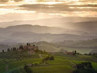 https://imgc.artprintimages.com/img/print/landscape-san-gimignano-tuscany-italy_u-l-p8yqut0.jpg?p=0