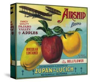 Airship Apple Crate Label - Watsonville, CA by Lantern Press