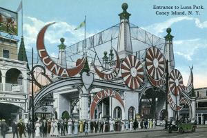 Coney Island, New York - Luna Park Entrance by Lantern Press
