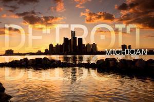 Detroit, Michigan - Orange Sky and Skyline by Lantern Press