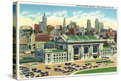 Kansas City, Missouri - Union Station and Skyline View