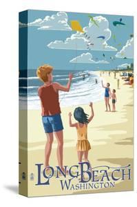 Long Beach, Washington - Kite Flyers by Lantern Press