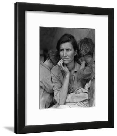 """""""Migrant Mother"""" Pea Picker in California Photograph - Nipomo, CA"""