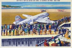New York City, New York - United Airlines Plane Departing La Guardia by Lantern Press