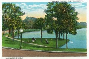 Orlando, Florida - Lake Lucerne Circle Scene by Lantern Press