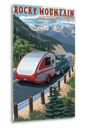 Rocky Mountain National Park - Retro Camper