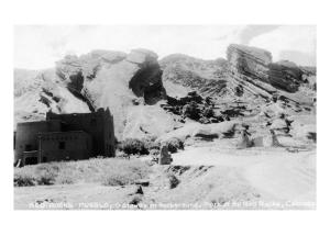 Rocky Mt Nat'l Park, Colorado - Red Rocks Park; View of a Red Rocks Pueblo by Lantern Press