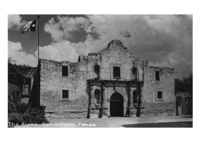 San Antonio, Texas - The Alamo by Lantern Press