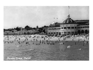 Santa Cruz, California - Crowds on the Beach Photograph by Lantern Press