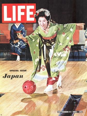 Special Issue: Japan, Woman in Kimono Bowling, September 11, 1964