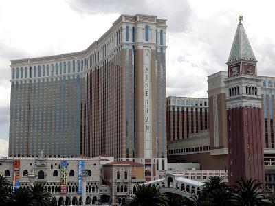 Las Vegas Sands Layoffs-Joe Cavaretta-Photographic Print