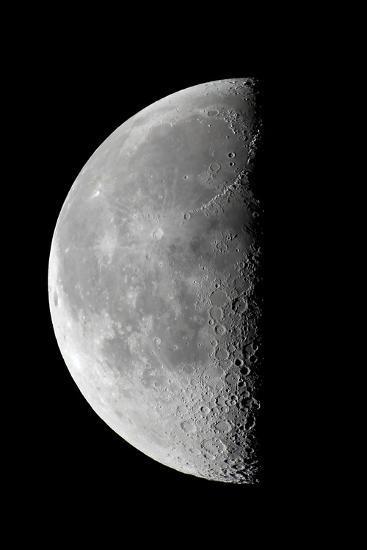 Last Quarter Waning Moon--Photographic Print
