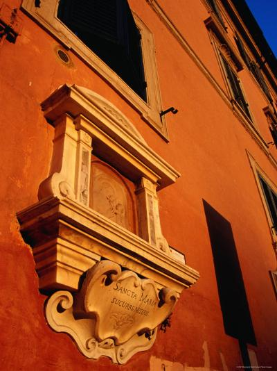 Late Afternoon Glow on Building in Trastevere, Rome, Italy-Glenn Beanland-Photographic Print