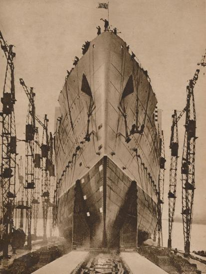 Launch of the Cunard ocean liner `Queen Mary`, 1934 (1935)-Unknown-Photographic Print