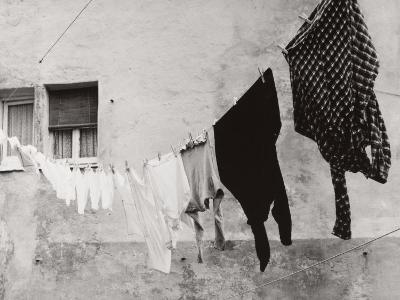 Laundry Hanging Out to Dry-Vincenzo Balocchi-Photographic Print