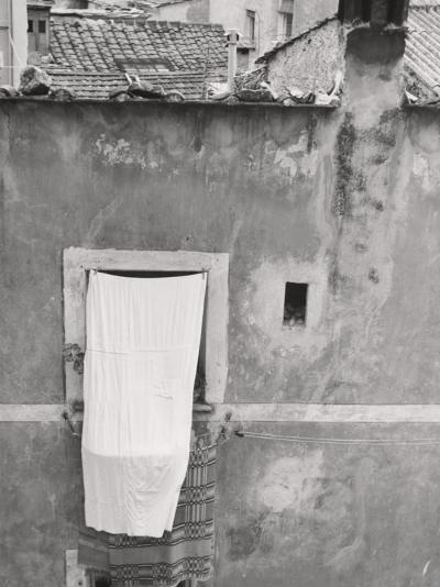 Laundry Hanging Out-Vincenzo Balocchi-Photographic Print