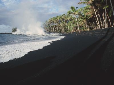 Lava Flow on Kaima Beach, Hawaii-Brad Lewis-Photographic Print