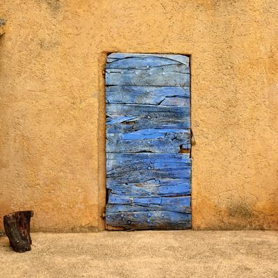 https://imgc.artprintimages.com/img/print/lavender-door_u-l-q103rwb0.jpg?p=0