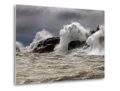 Fierce Lake Superior Waves Pound Minnesota's North Shore