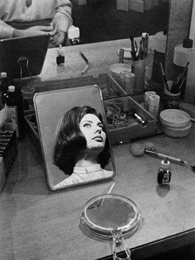 Le Couteau Dans La Plaie, 1962--Photographic Print