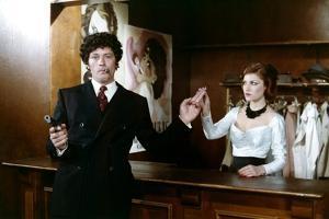 LE GANG, 1976 directed by JACQUES DERAY Alain Delon (photo)
