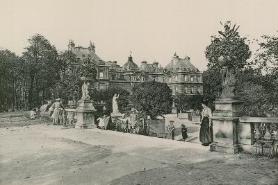 Le Jardin Du Luxembourg, Garden of the Luxembourg--Photographic Print