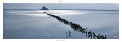 Le Mont a la Saint-Michel-Philip Plisson-Art Print