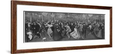 Le Moulin De La Galette--Framed Photographic Print