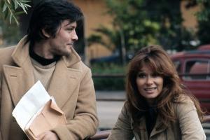 Le professeur by VALERIO ZURLINI and ENRICO MEDIOL with Alain Delon and Lea Massari, 1972 (photo)