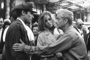 Le realisateur Rene Clement, Alain Delon and Jane Fonda sur le tournage du film Les Felins en, 1963