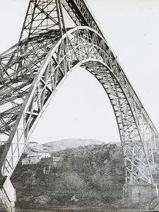 Le viaduc de Garabit, ensemble vue de côté