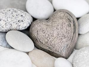 Stone Heart by Lebens Art