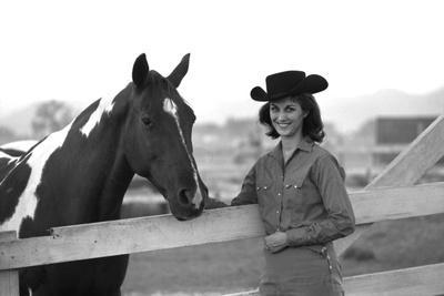 https://imgc.artprintimages.com/img/print/lee-archer-24-riding-a-horse-at-o-b-llyod-stables-in-scottsdale-arizona-october-1960_u-l-q1311i10.jpg?p=0