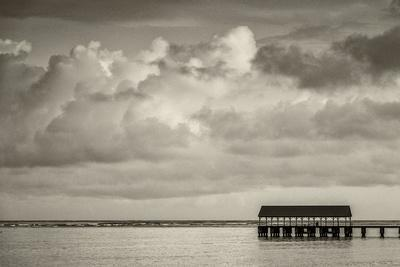 Hanalei Bay, Hanalei Pier, Hawaii, Kauai, clouds