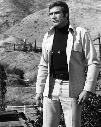 Lee Majors, The Six Million Dollar Man (1974)--Photo