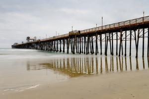 Oceanside Pier by Lee Peterson
