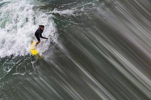 Oceanside Surf II by Lee Peterson