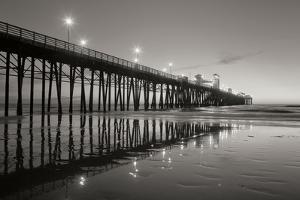 Pier Night 2 by Lee Peterson
