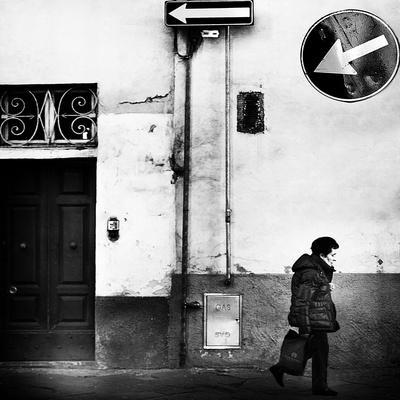 Left, Absolutely!-Franco Maffei-Photographic Print