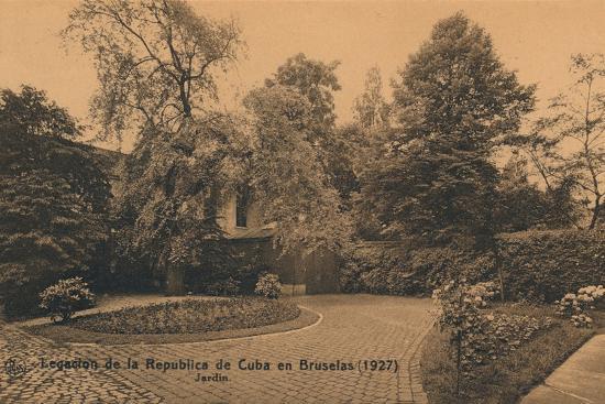 'Legacion de la Republica de Cuba en Bruselas (1927) - Jardin', c1927-Unknown-Photographic Print